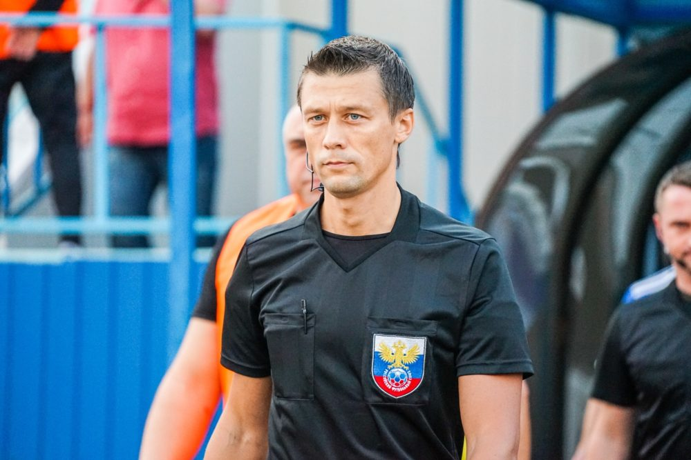 Василий Казарцев, арбитр