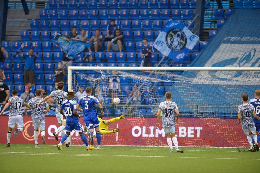 Фоторепортаж с матча «Оренбург» — «Нефтехимик»